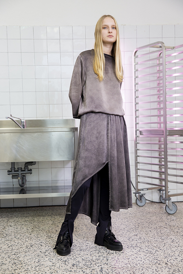 sweater - skirt - gaiters - ilaria nistri roque fall winter 2019 collection