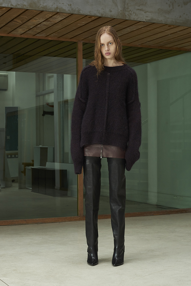 ILARIA NISTRI FALL WINTER 2016 COLLECTION sweater pants miniskirt leather