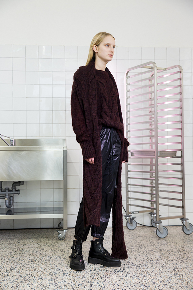 scarf - sweater - pants - ilaria nistri roque fall winter 2019 collection